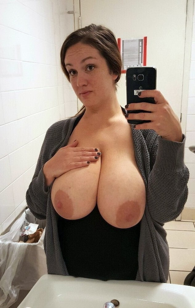 Naked Milf With A Pair Of Awesome Big Tits Gets Fucked
