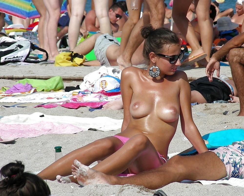 Любители разврата на общественном пляже