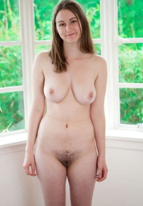 standing-nude-with-bush