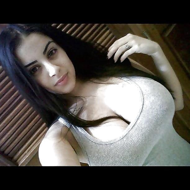 Подружки фото секс девушки армении