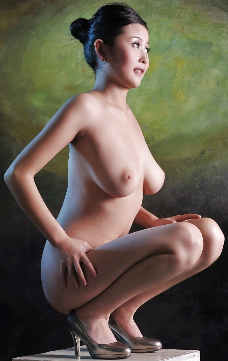 Hot erotic body nude chinese models full nude sexy