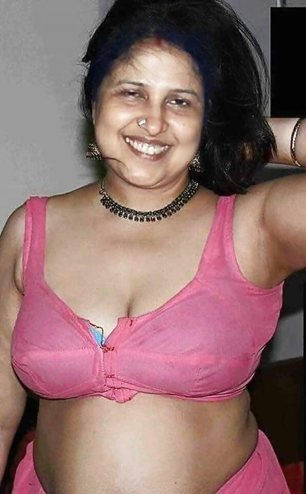 nude-photo-of-pakistani-mom