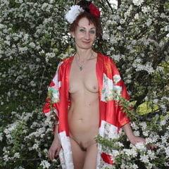 In White Flowers II
