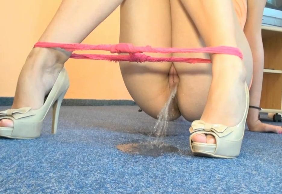 Fucking girls peeing on carpet porn