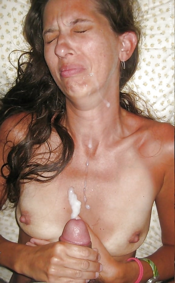 Wife mouth full of cum