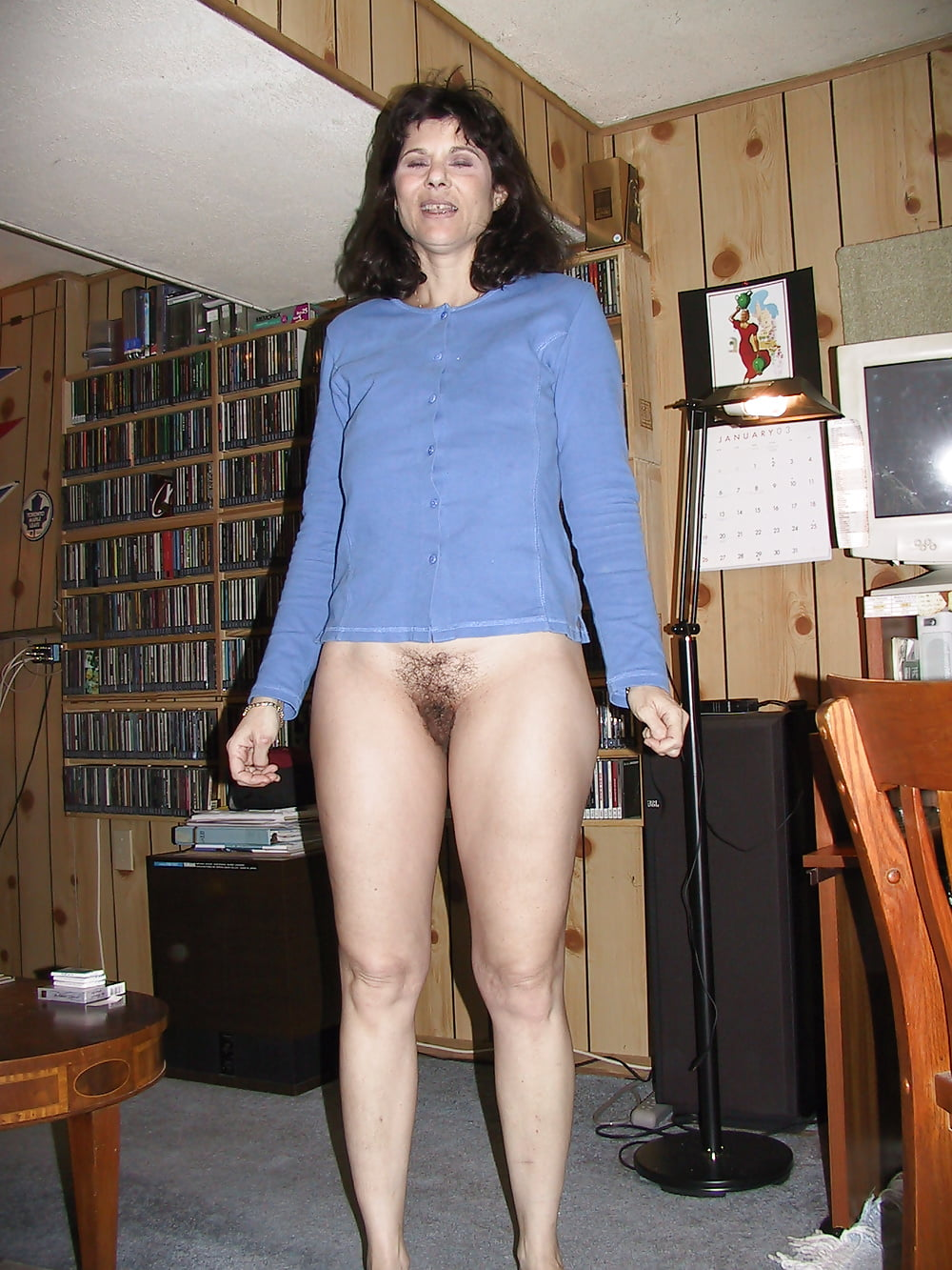 nude-wives-and-hot-pants