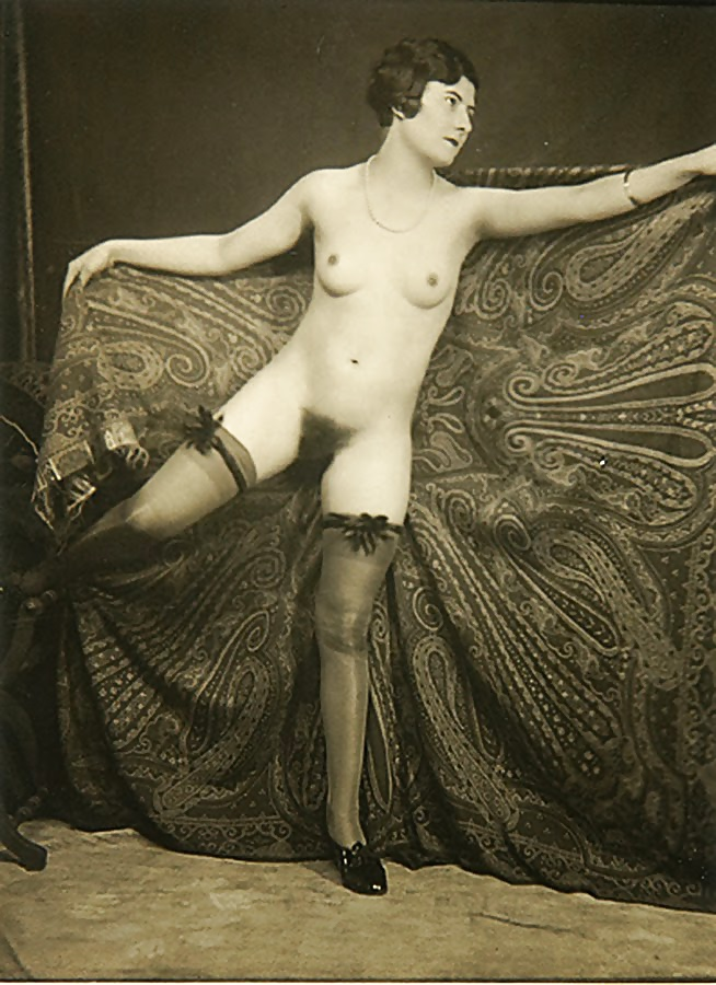 vintage-french-nudes-hot-really-young-asses