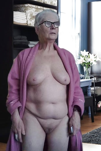 Nackte Frauen Älter