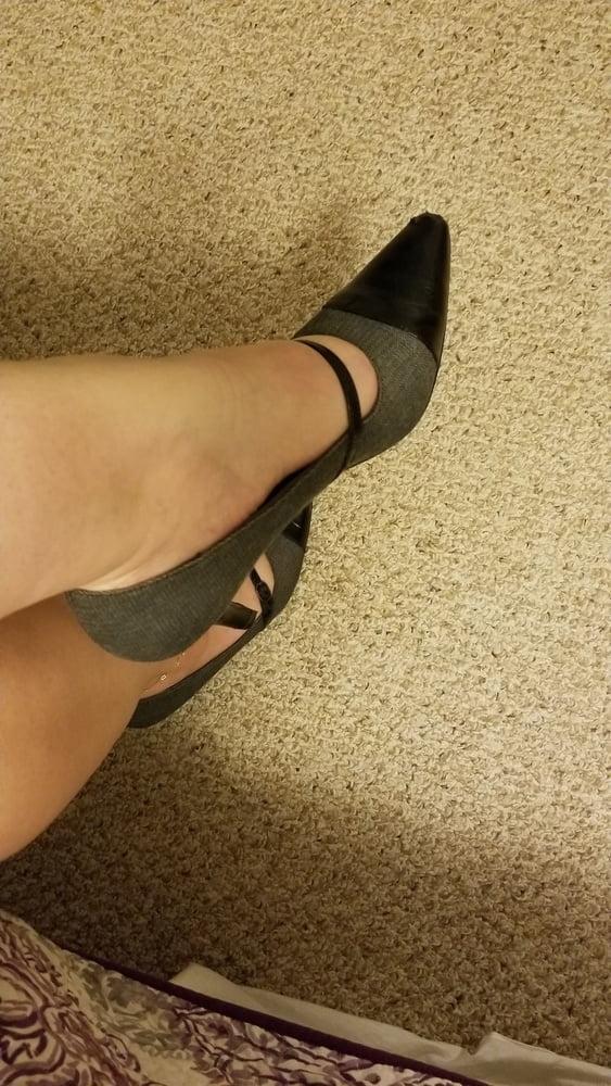 Pron bryci heels feet