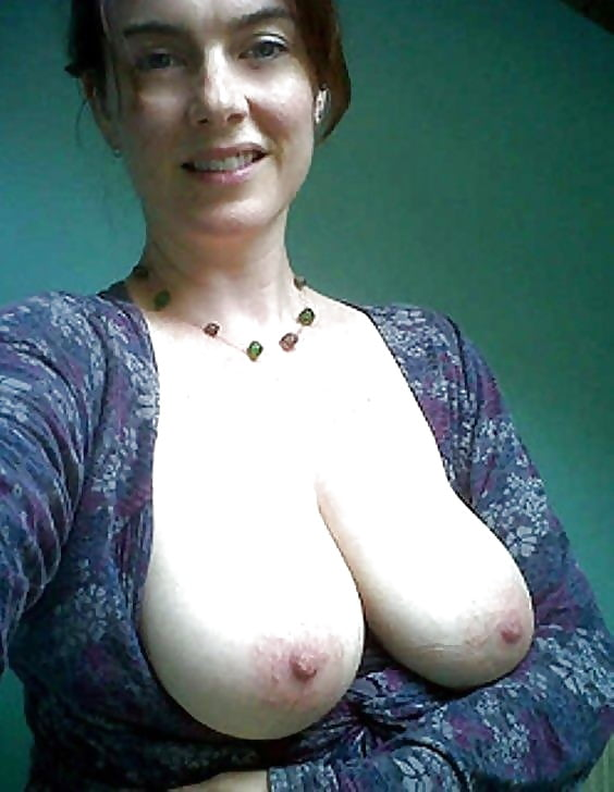 Big breasted nude mature women-3019