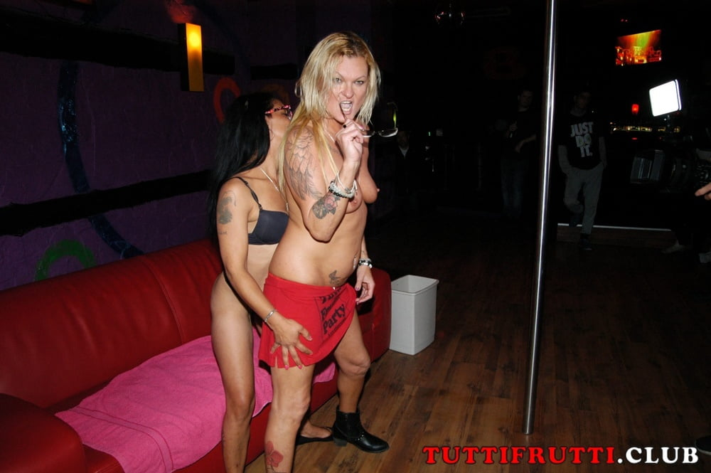 Mary Blond on my public amateur gang-bang
