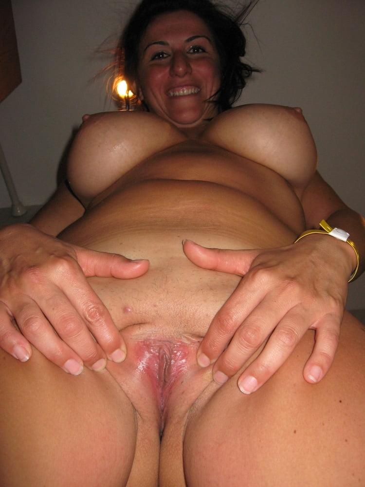 Mature Woman - 20 Pics