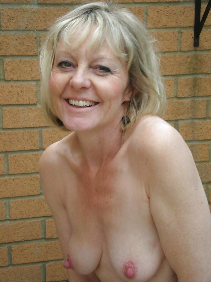 Amateur granys porno pictures for mob your