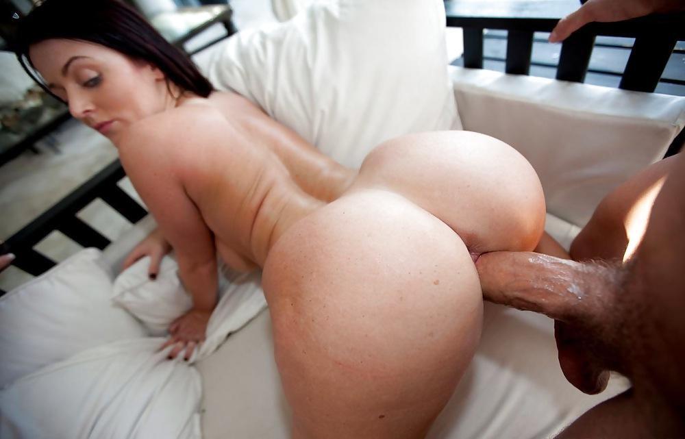 Секс с жопастой сучкой порно