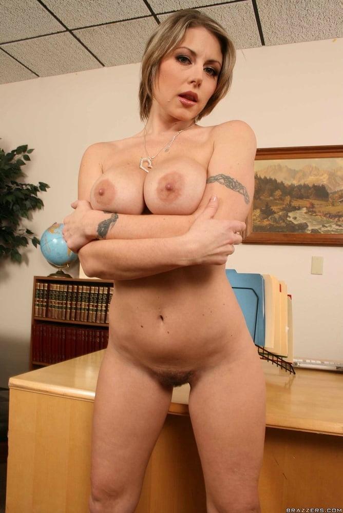 Velicity von pornstar nude pics — img 8