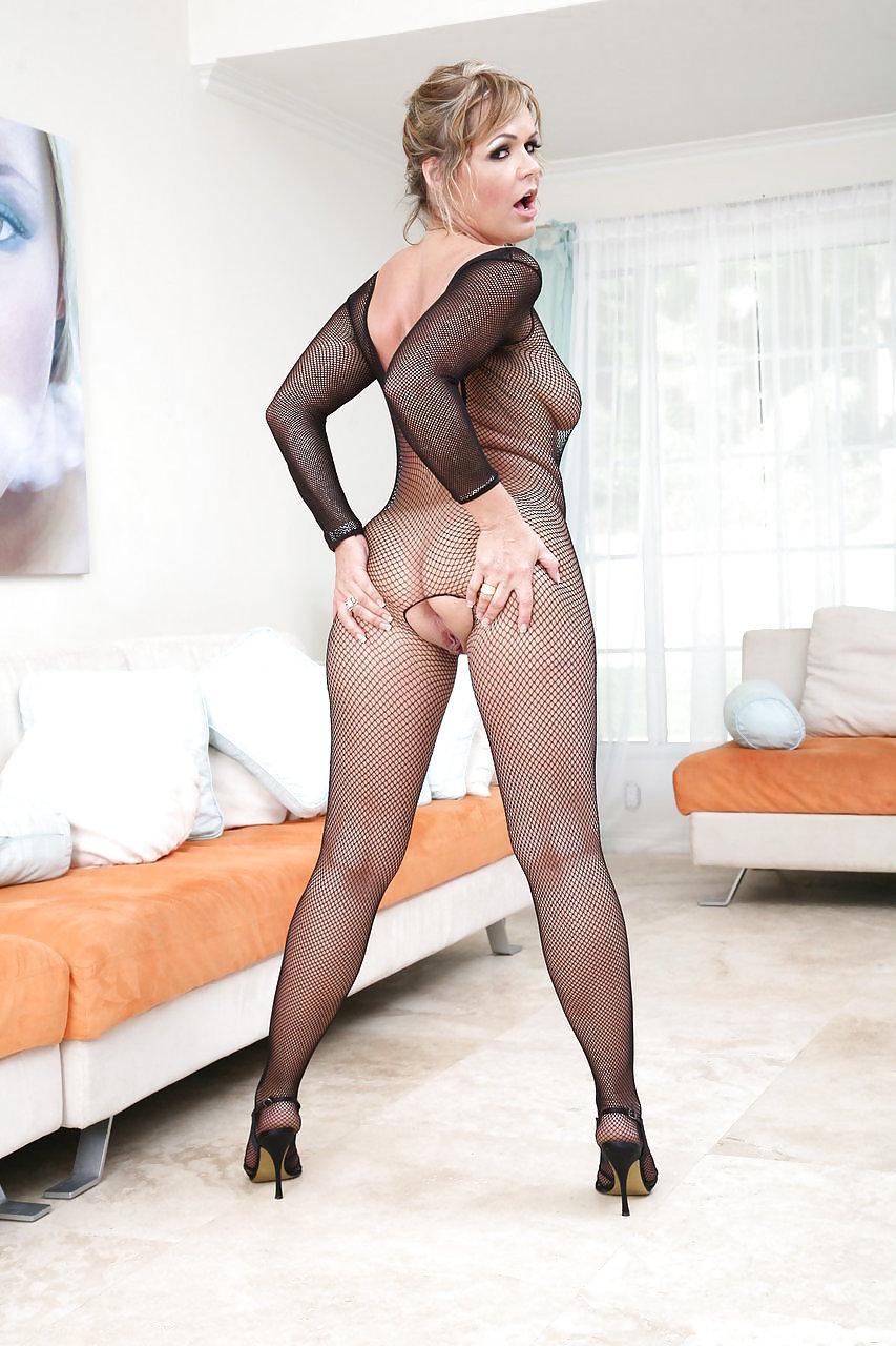 Naughtyfootjobs kelly leigh usamaturexxx high heels xxxpixsex xxx porn pics