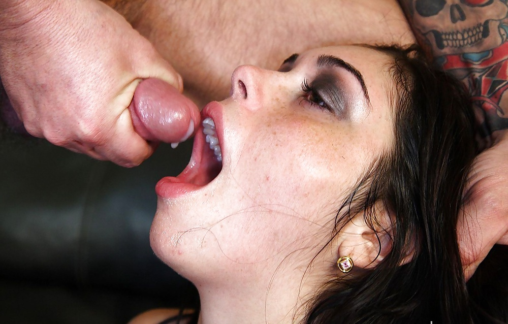 Slutload mouth cum
