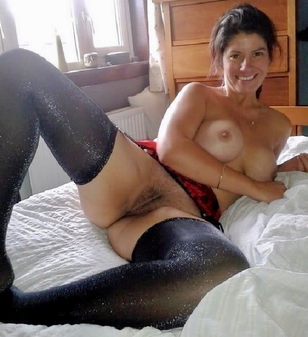 Find webcam live on playing sexy minira cute