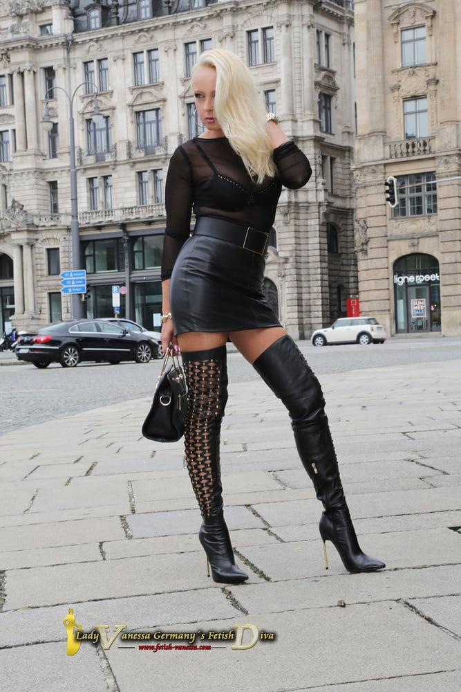 Hot German Fetish Lady - 81 Pics