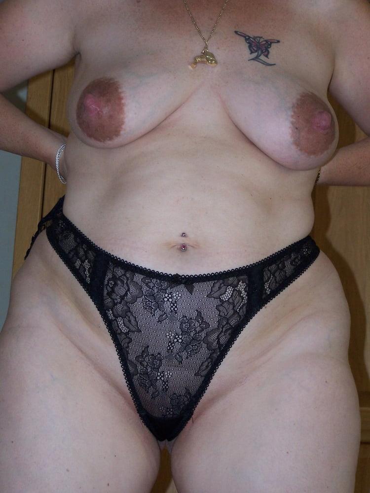 MILF with amazing nipples - 11 Pics