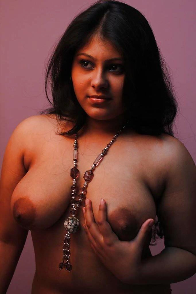 seducing-topless-bengali-babes-boobs-gallery-core