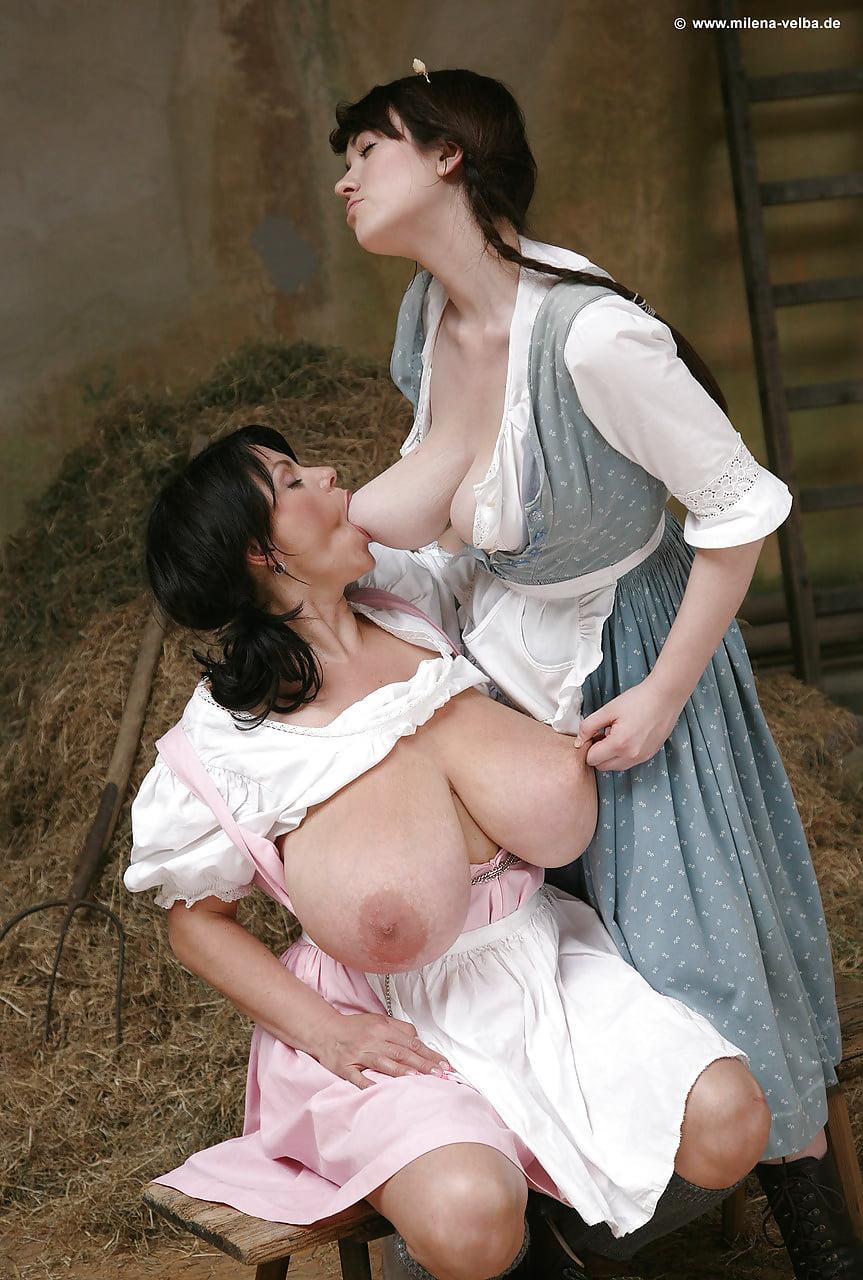 Порно фото кормят грудью мужчин