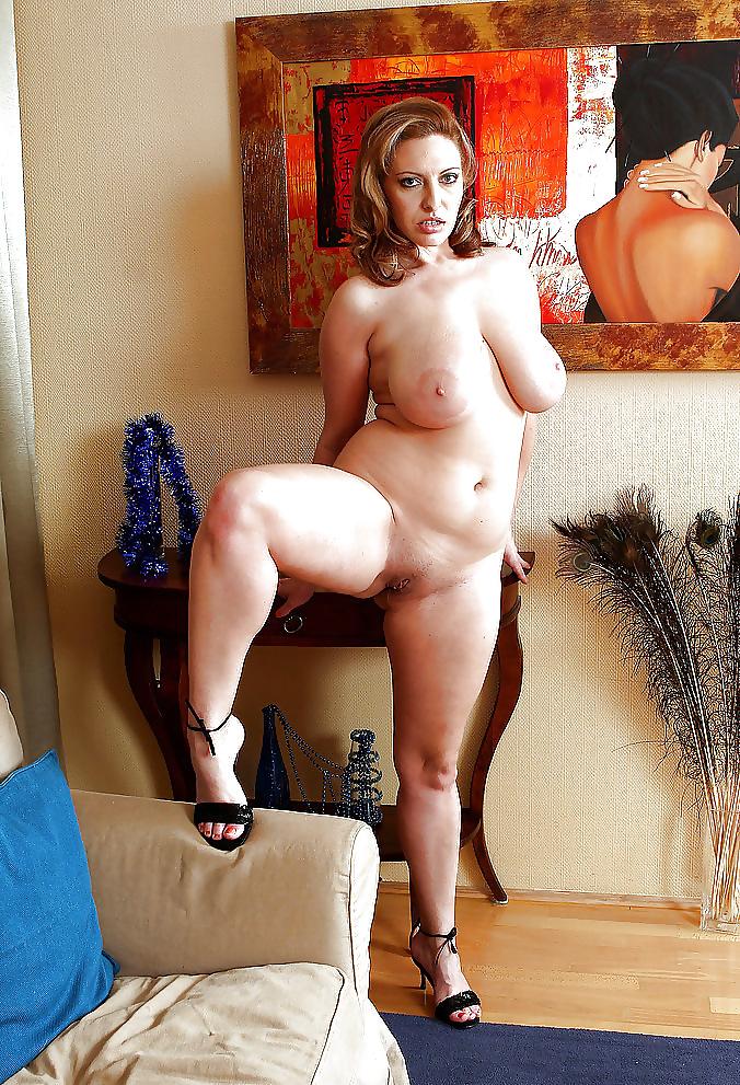 Порно фото зрелых сочных дам среднего роста с большими сиськами, минет кончить не вынимая подборка