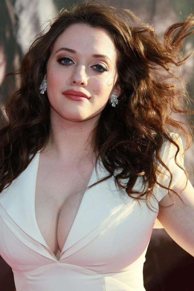 Pictures of actress tits 9