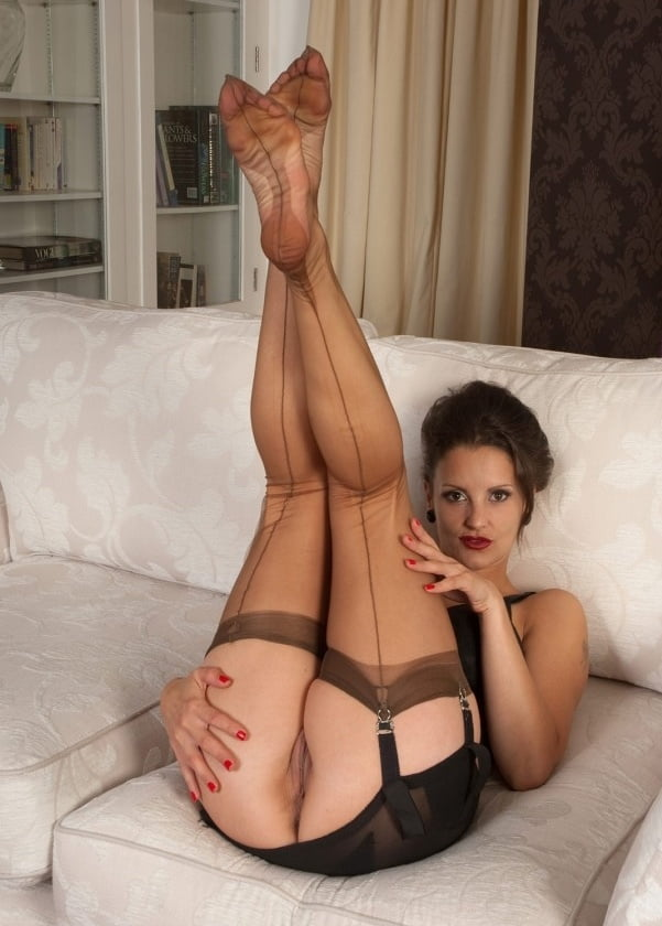 Free mom stockings porn pics