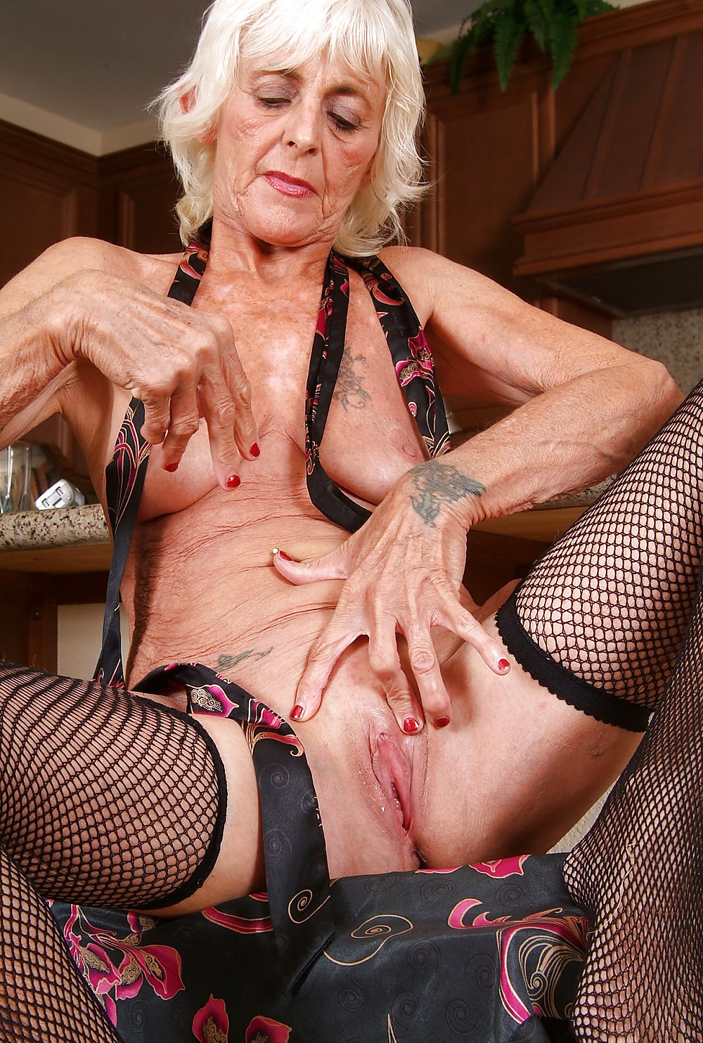 Ugly old mature sex sites — photo 3