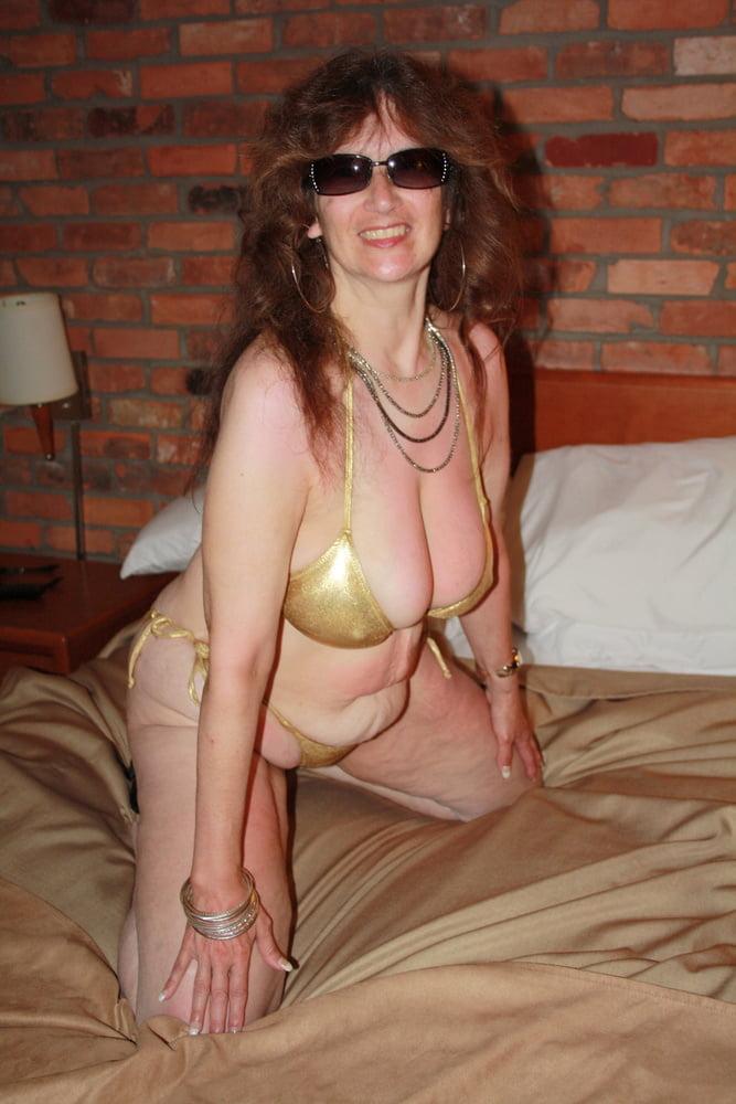 Mature women in skimpy bikinis-8956