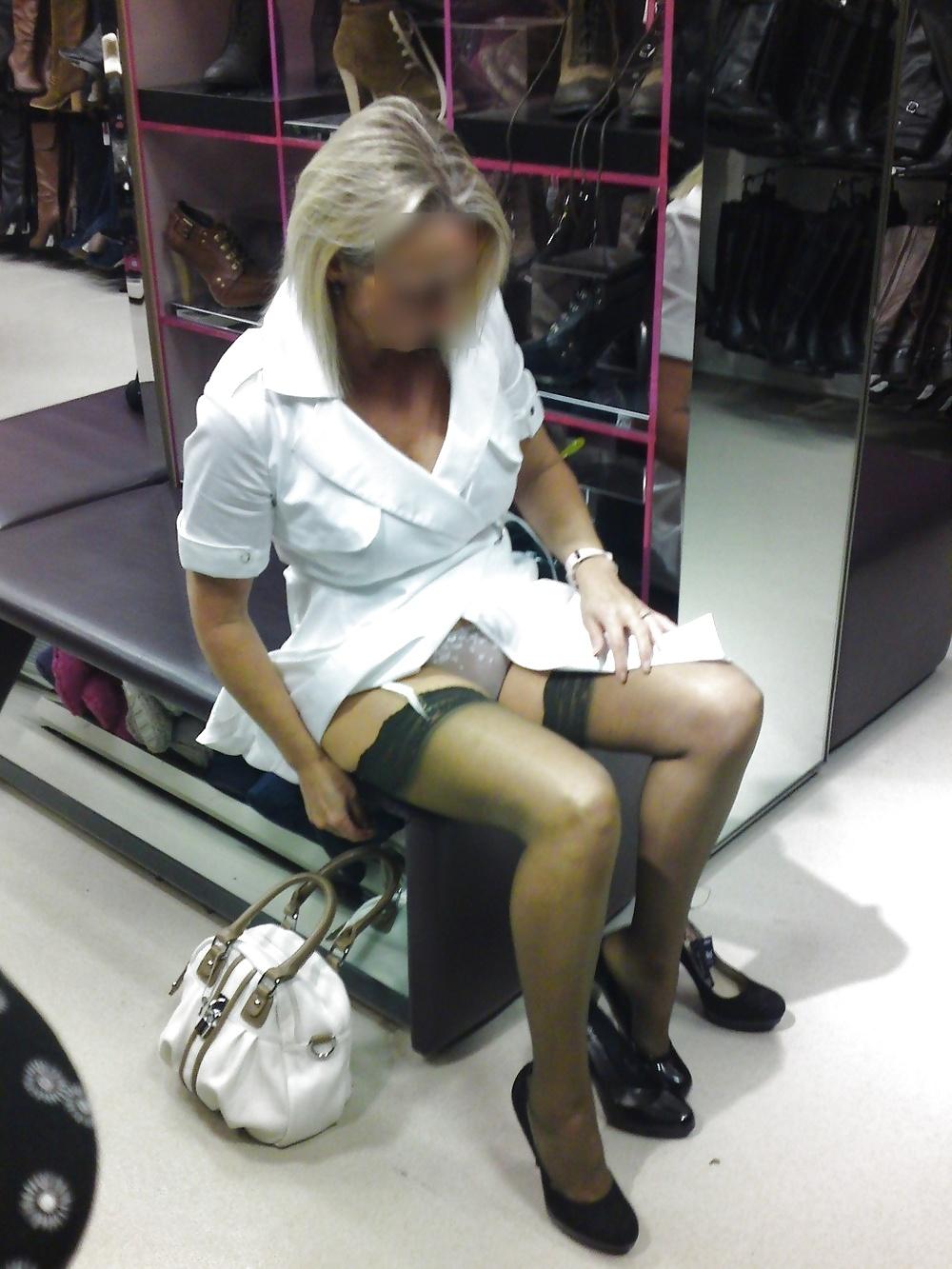 Milf upskirt in shop