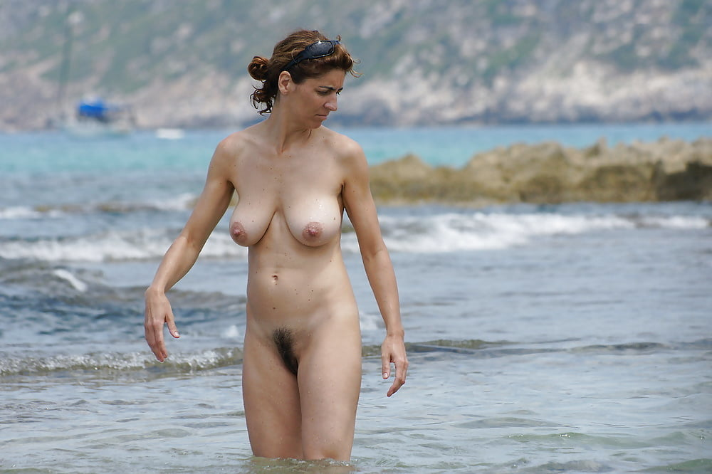 Free Nude Beach Xxx Photo