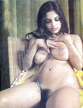 Desi Indian Vintage girl biggie boobies
