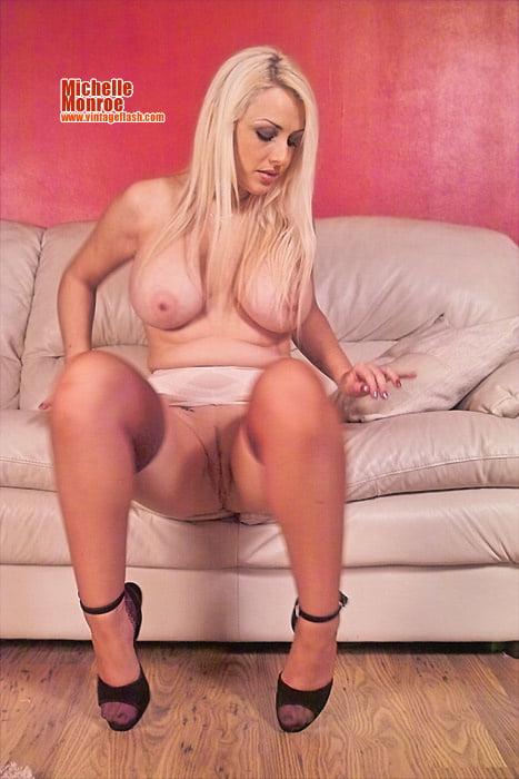 Hot Michelle UK - 65 Pics