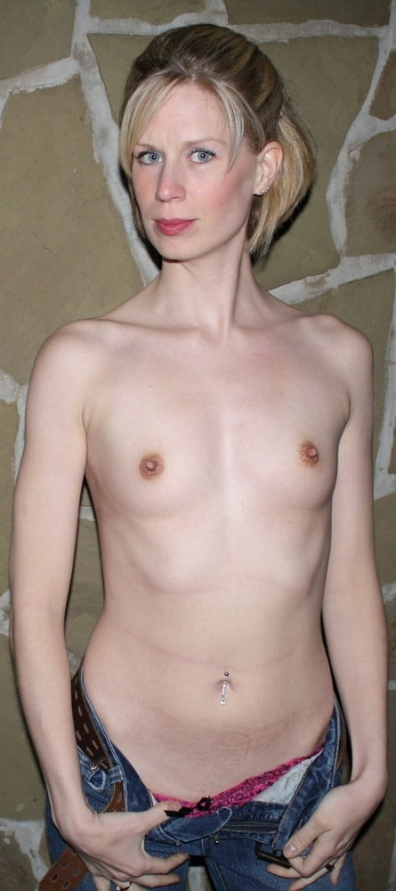 toplesss-flat-chested-adult-woman-ben-sex-galleries