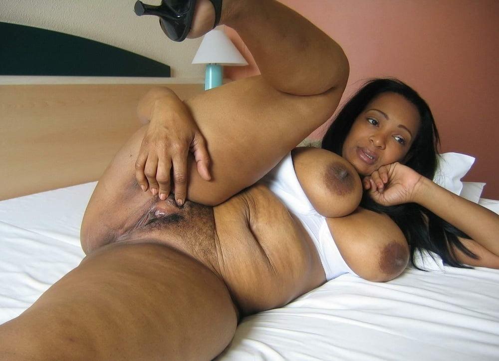 Ebony Mature Porn Videos