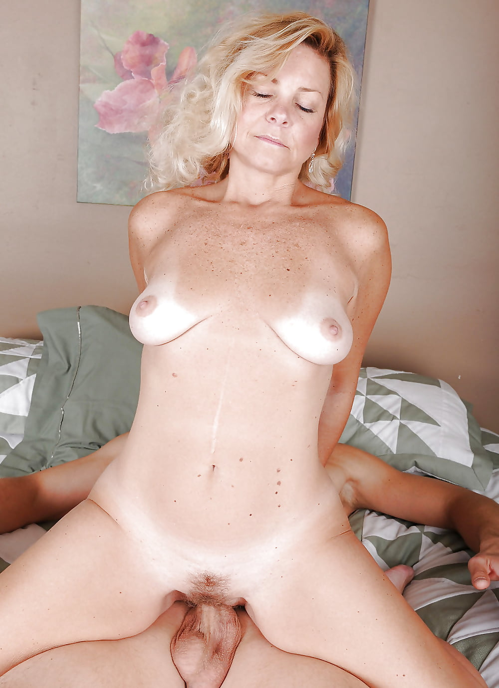 Big Hairy Mature Pussy Fucked