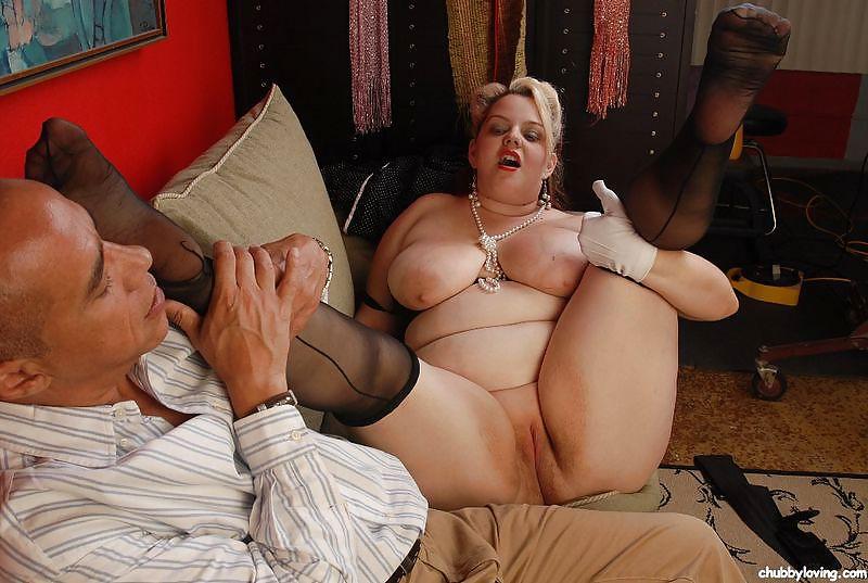 Толстых мамочек трахают 7