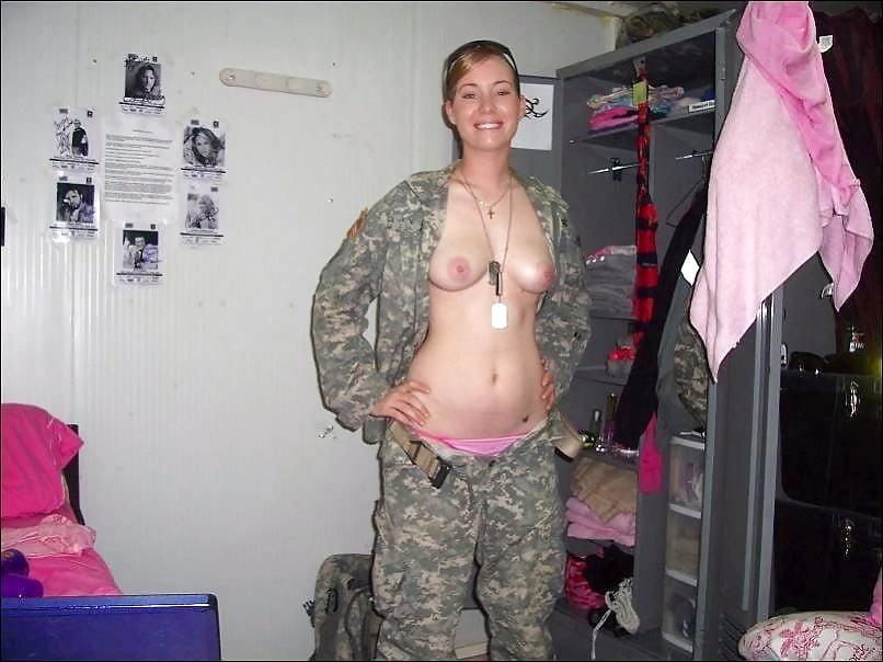 Military Girls Flashing Tits - 8 Pics  Xhamster-7478
